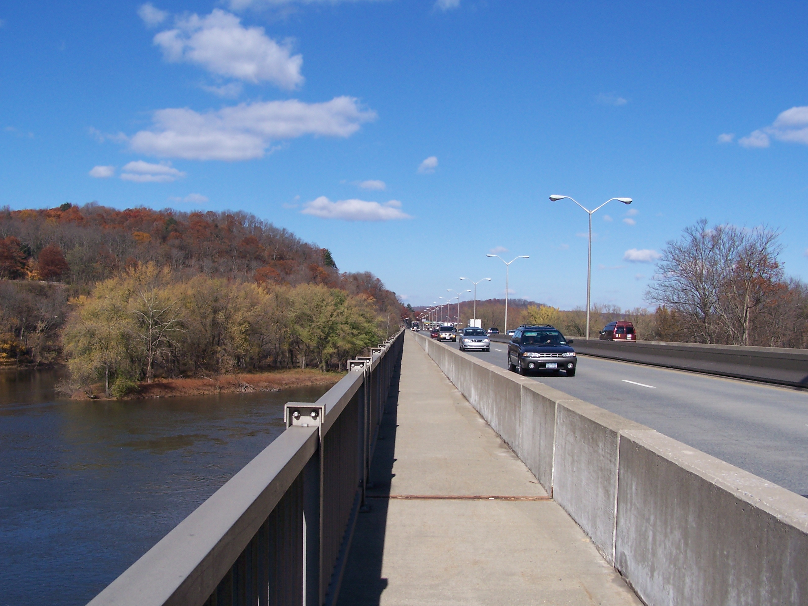 AT trail over Delaware River bridge