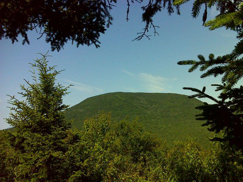 Smarts Mountain from Lambert Ridge, GPS N43.8167 W72.0607 ...